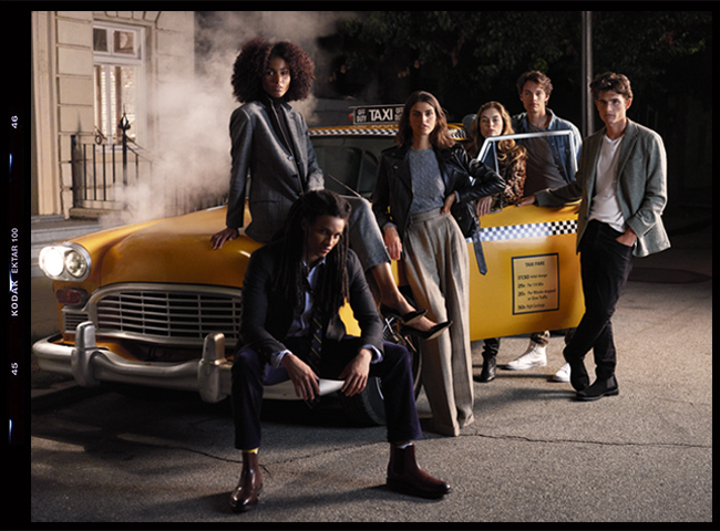 Models portraying Friends cast in taxi scene