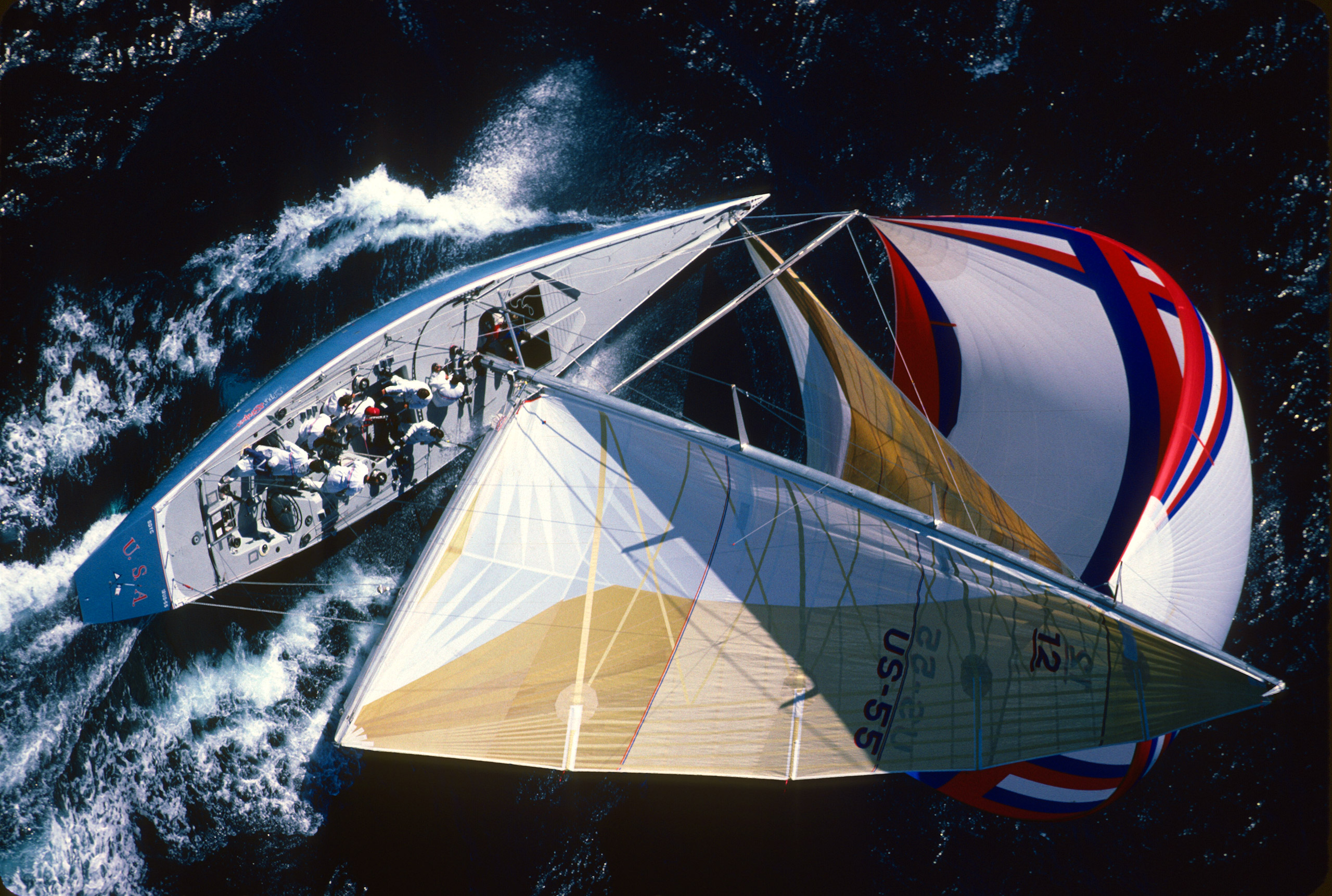 Dennis Conner helming the <em>Stars &amp; Stripes</em> off Perth, Australia, 1987