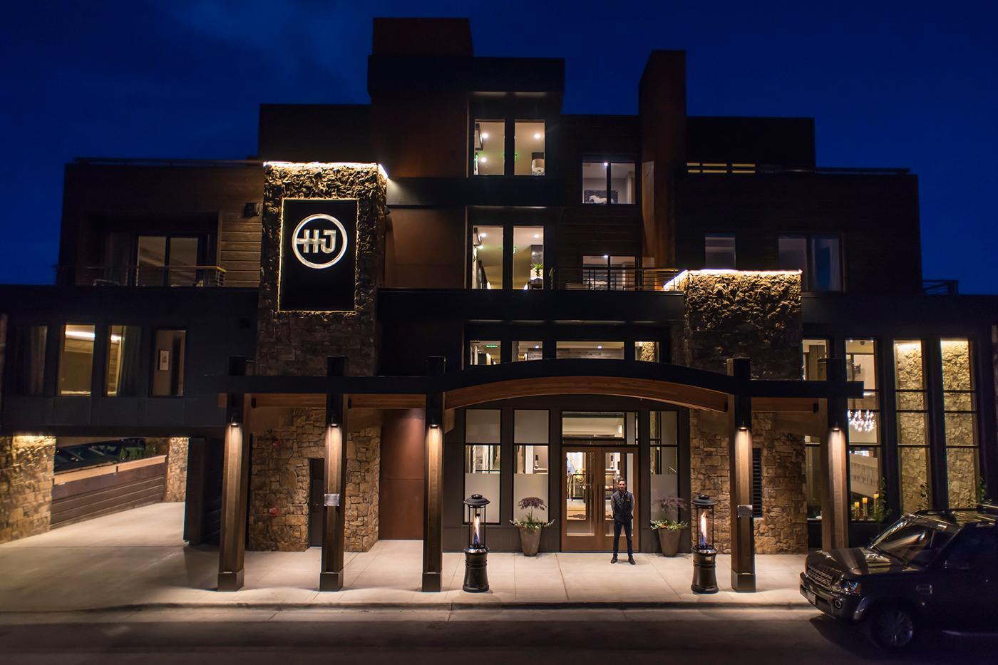Opened in the summer of 2015, Hotel Jackson offers luxury lodging in the heart of downtown Jackson Hole