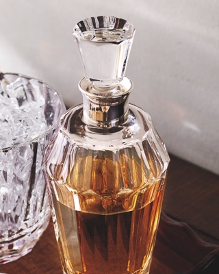 Crystal decanter with beveled edges