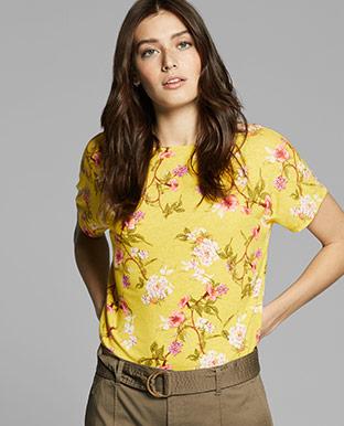 Floral Linen-Blend Top
