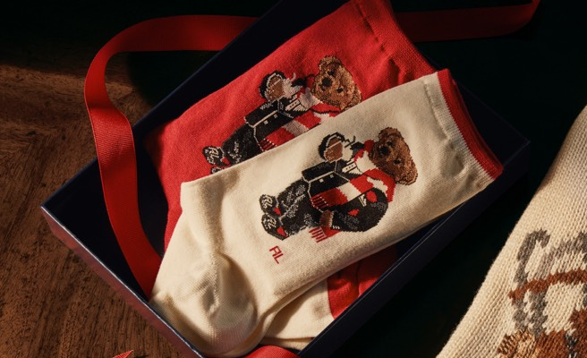 Red & white socks featuring Polo Bear motifs