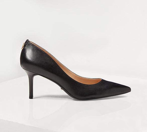 Pointed-toe black stiletto pump
