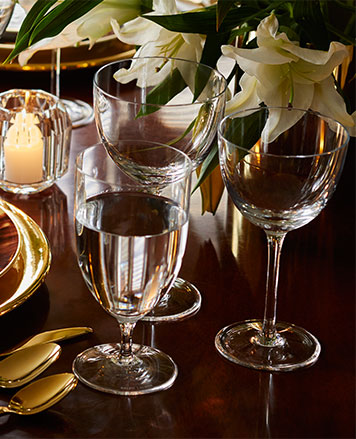 Stemmed water & wine glasses