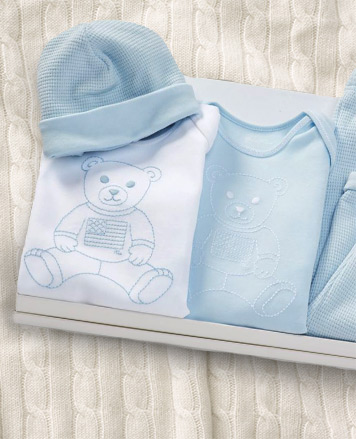 Polo Bear gift set in light blue and white.