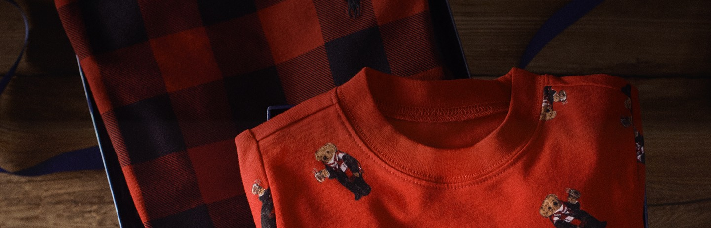 Red crewneck sweatshirt with allover Polo Bear motifs