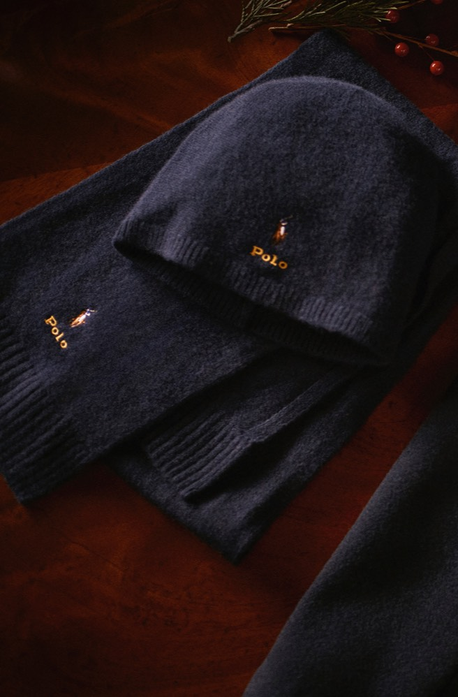 Navy cashmere hat and scarf.